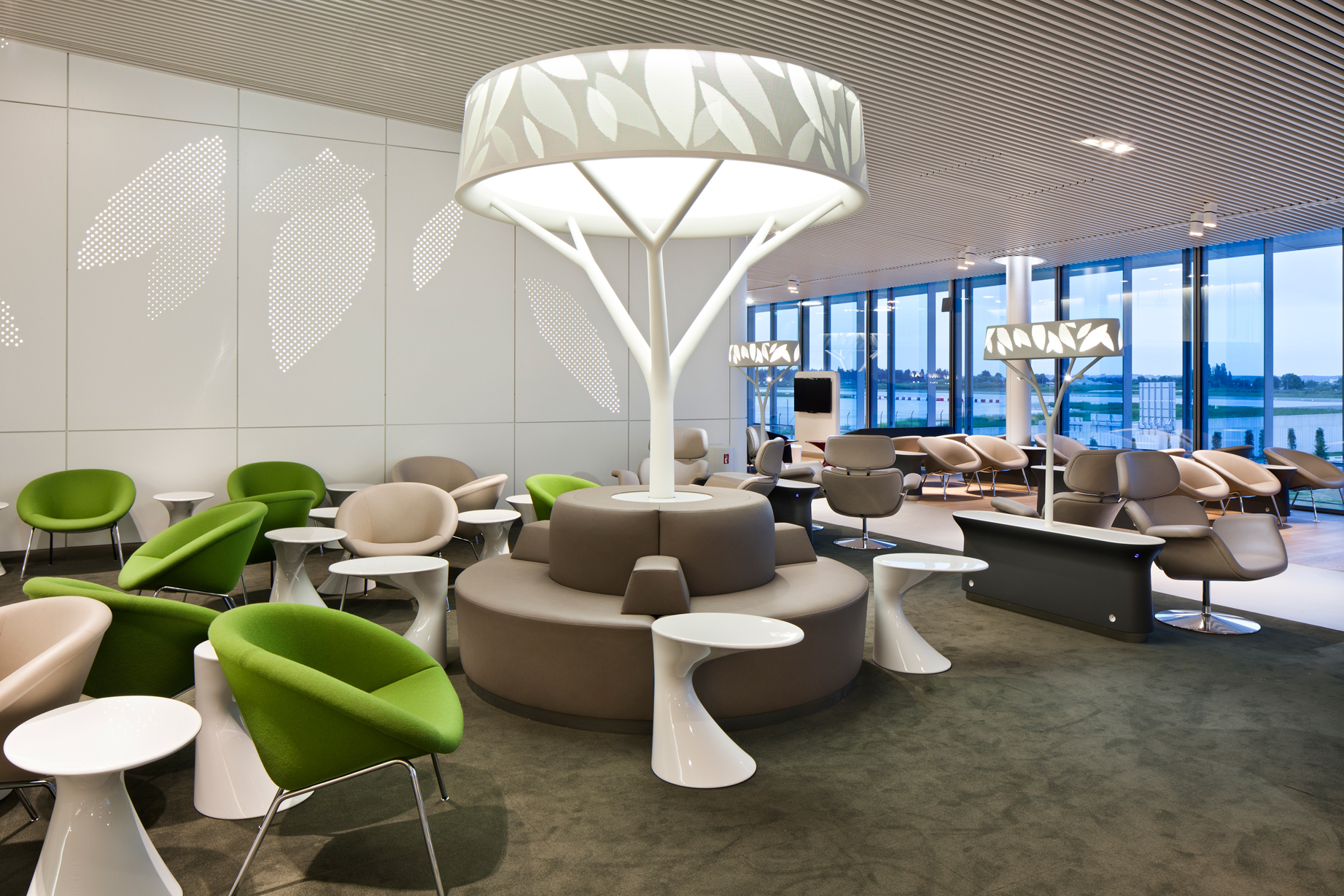 thedesignair top 10 airport lounges 2012 thedesignair. Black Bedroom Furniture Sets. Home Design Ideas