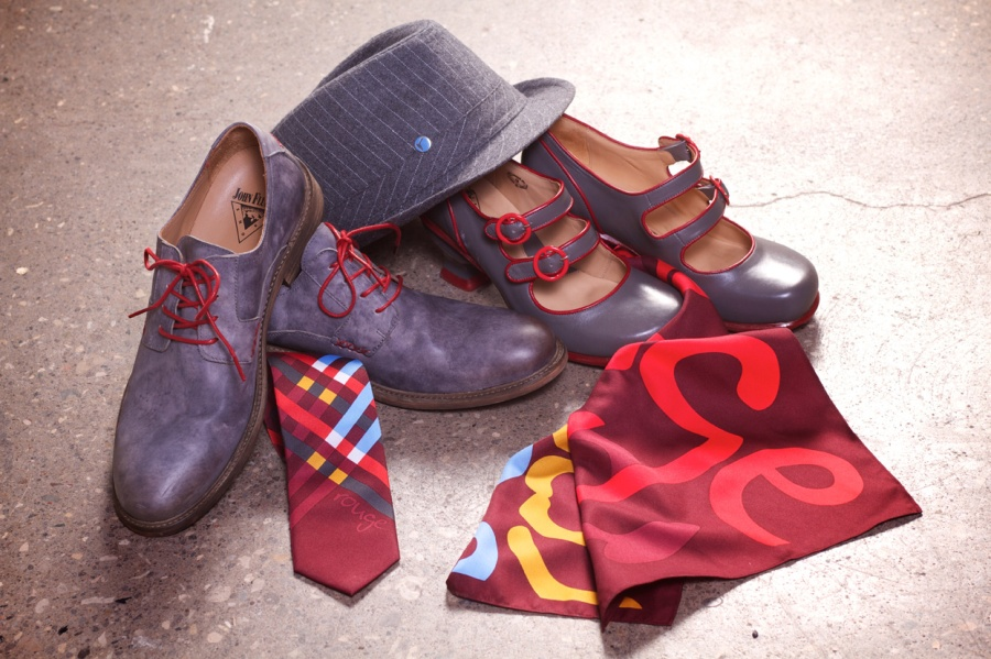 Air Canada rouge_Uniform_Shoes, Hat, Scarf, Tie