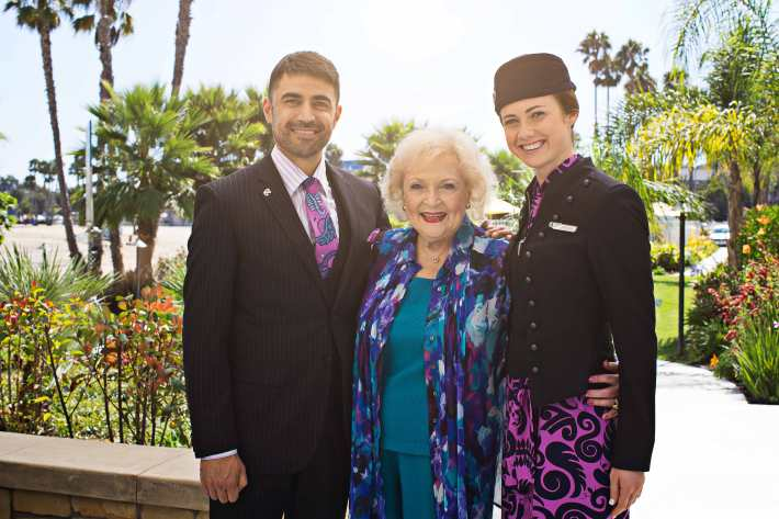 Betty White, Air New Zealand Flight Attendants Robert Broughton and Breone Lay