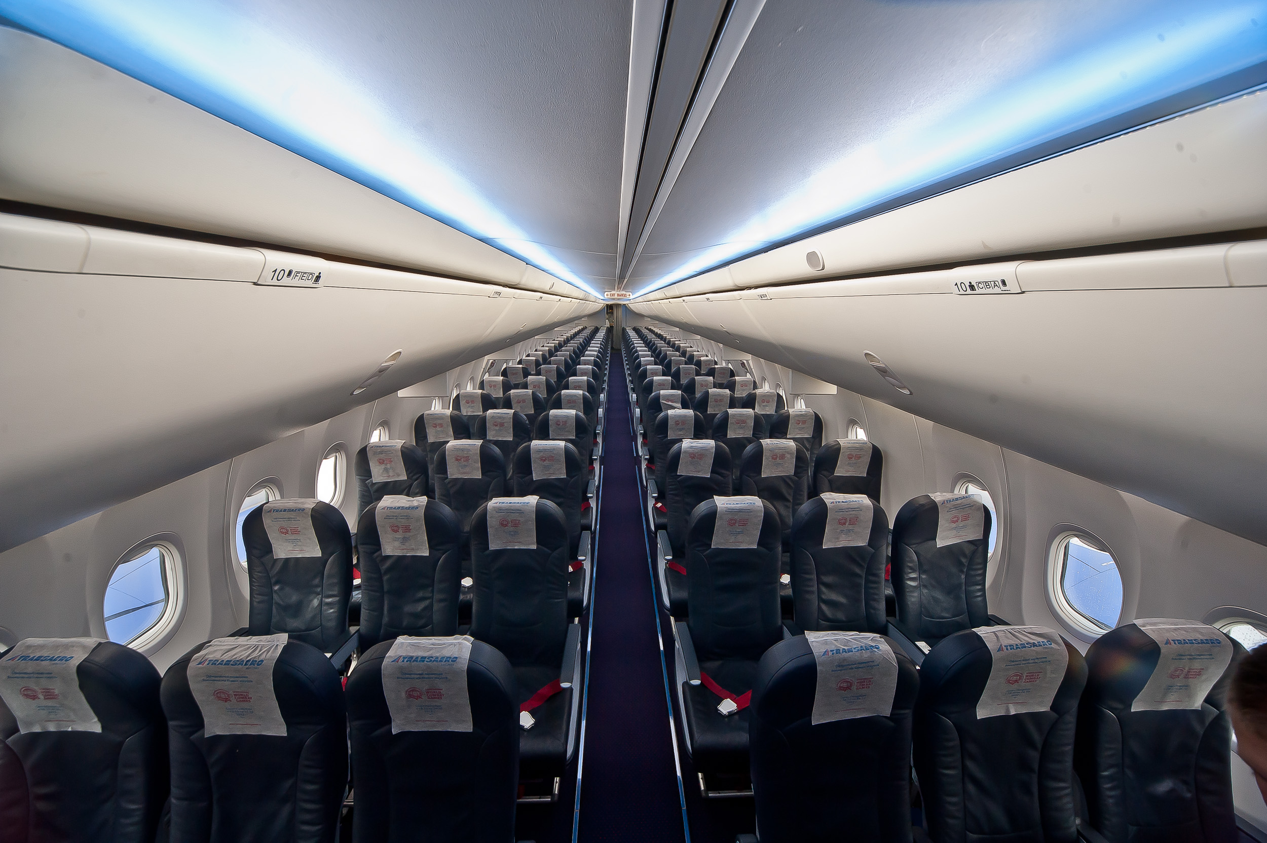 Boeing 737 800 aircraft inside image - Economy Class