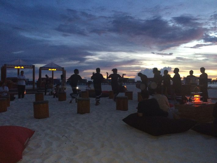 Entertainment at Park Hyatt Hadahaa