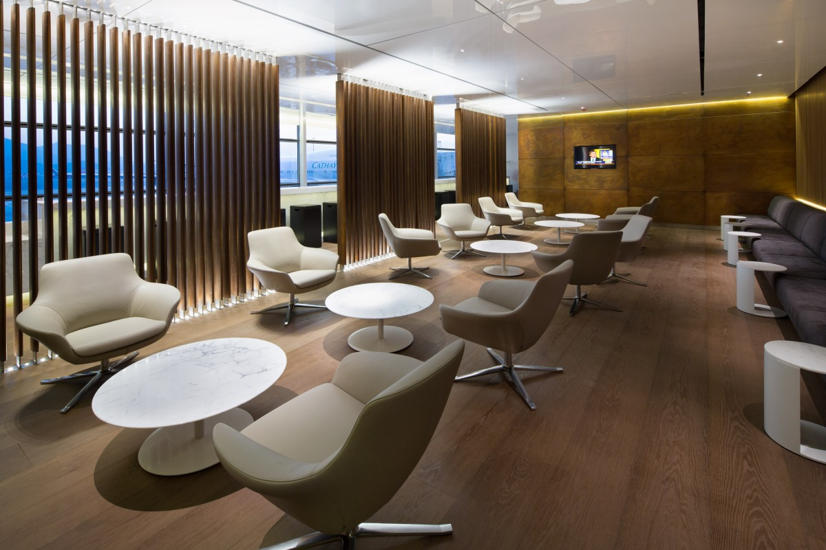 Cathay Pacific S New Bridge Lounge At Hong Kong