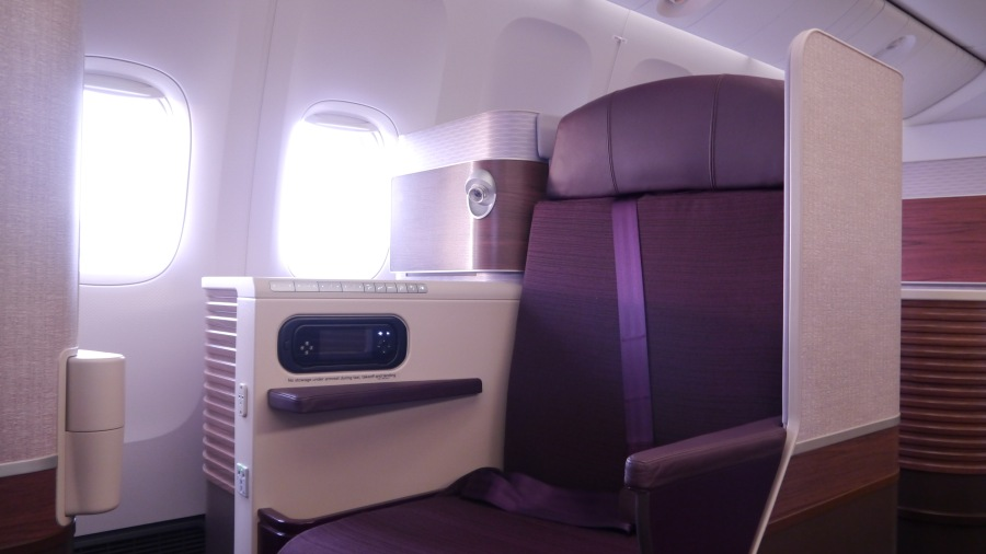 PG_THAI B777_Royal Silk seat