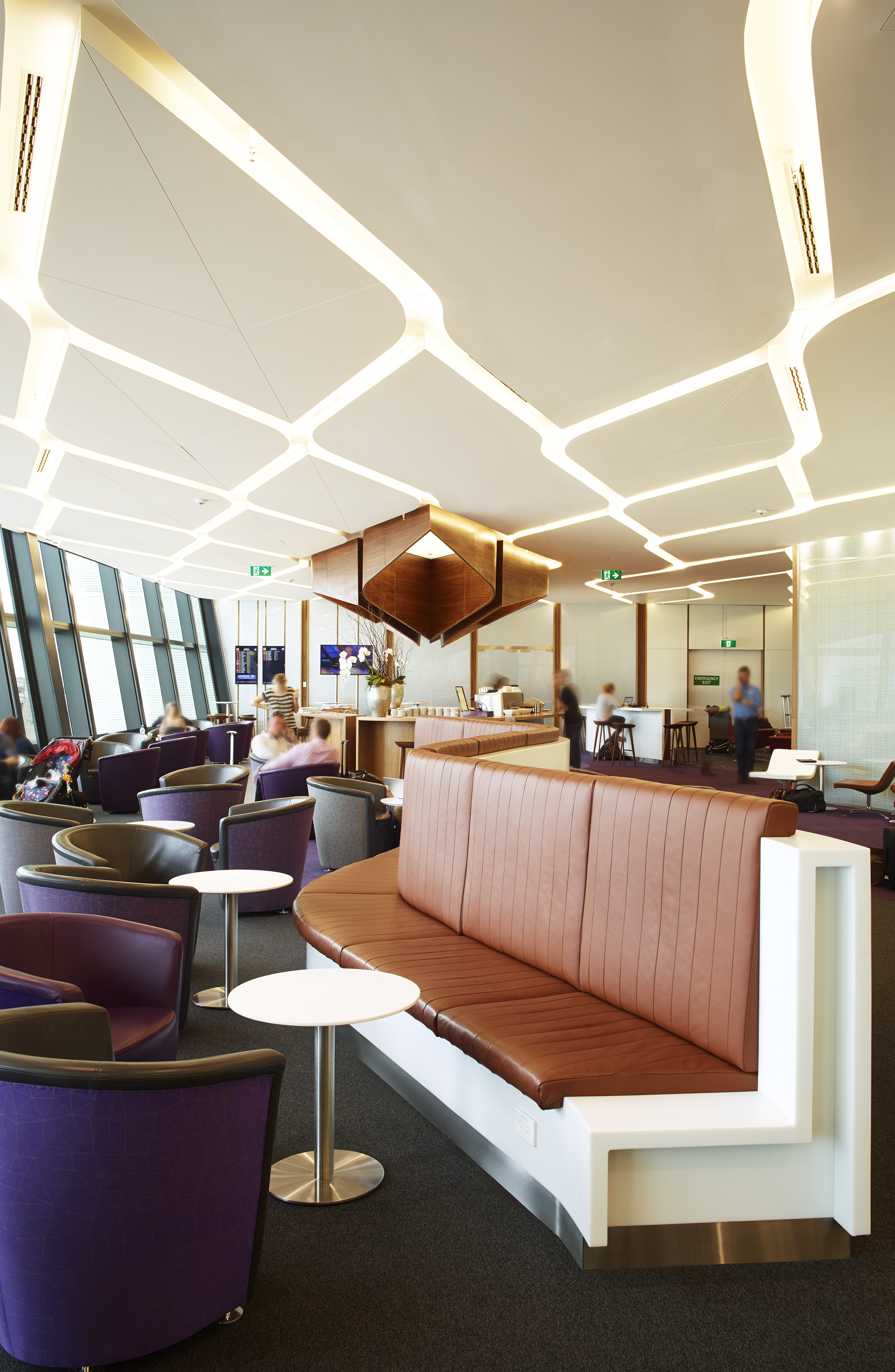 Going Inside Virgin Australia's New Melbourne Lounge – TheDesignAir