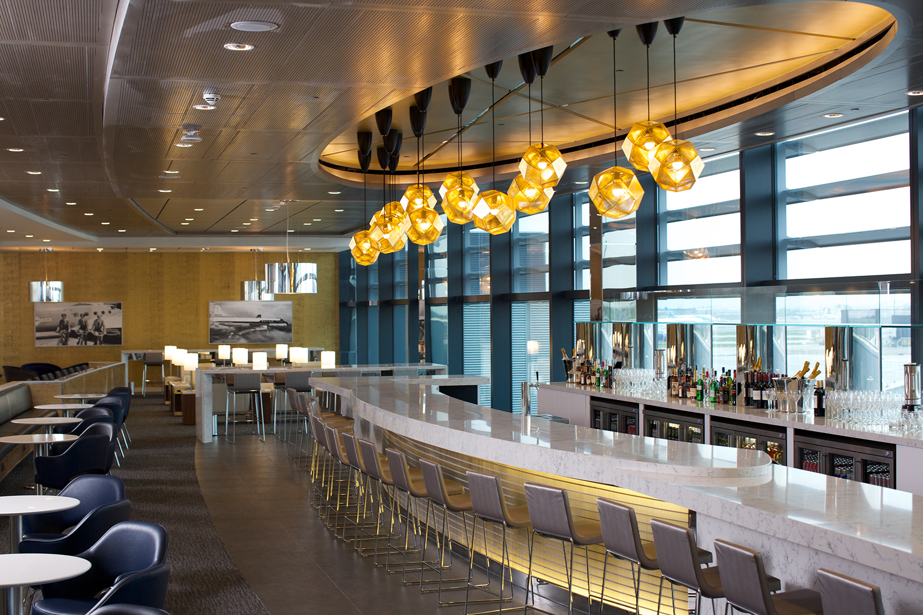 United S New Heathrow T2 United Club And United Global