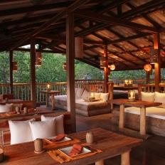 Benz Restaurant interior