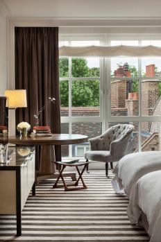 Rosewood London_Premier Room Window