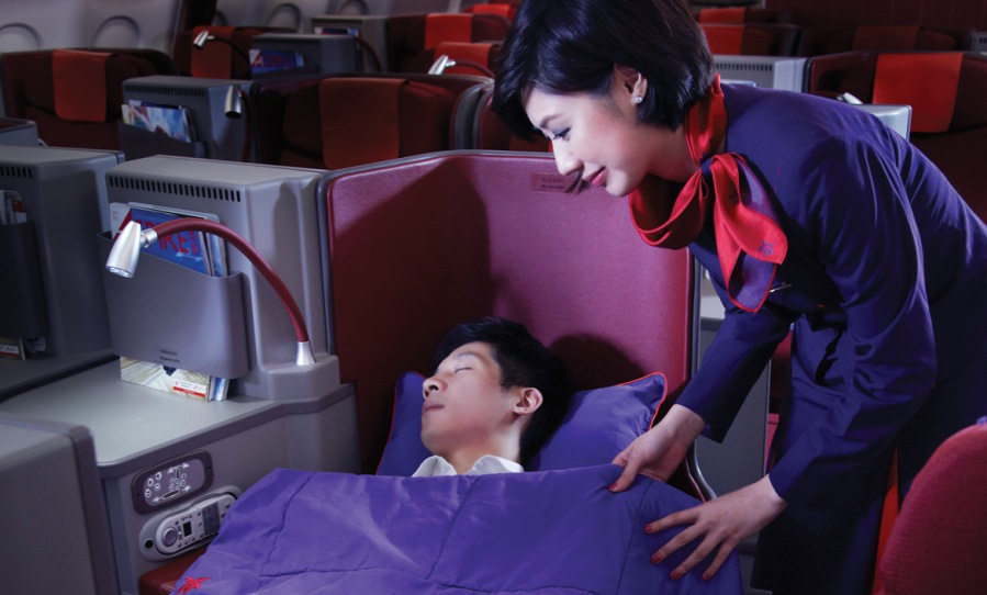 Hong Kong Airlines' Fully Flat Business Class Seat