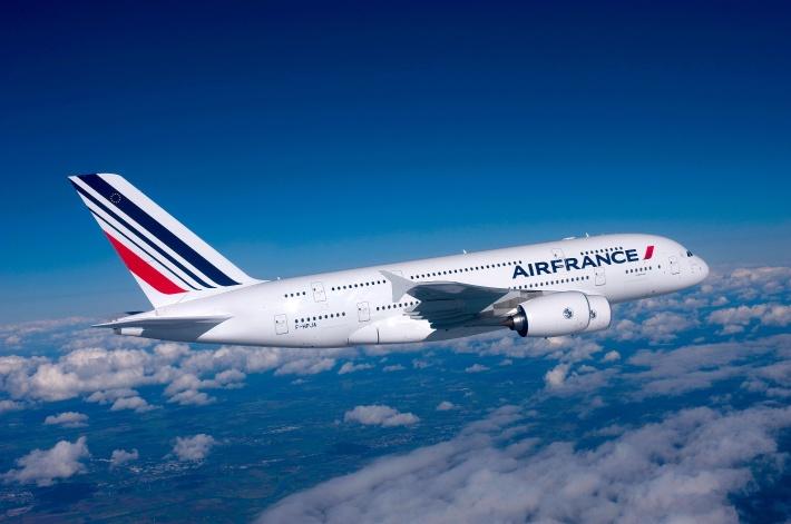 Air_France_A3801_1-big