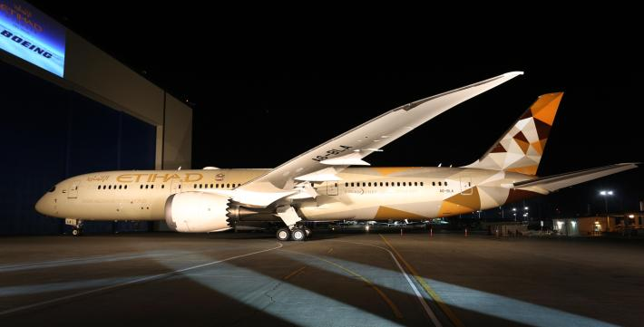 Etihad Airways - First Boeing 787-9 Arrival - Photo 1