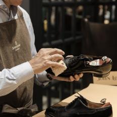 Shoeshine service