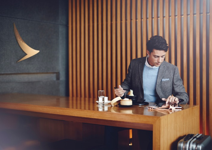 Cathay_Pacific_Lounge_2