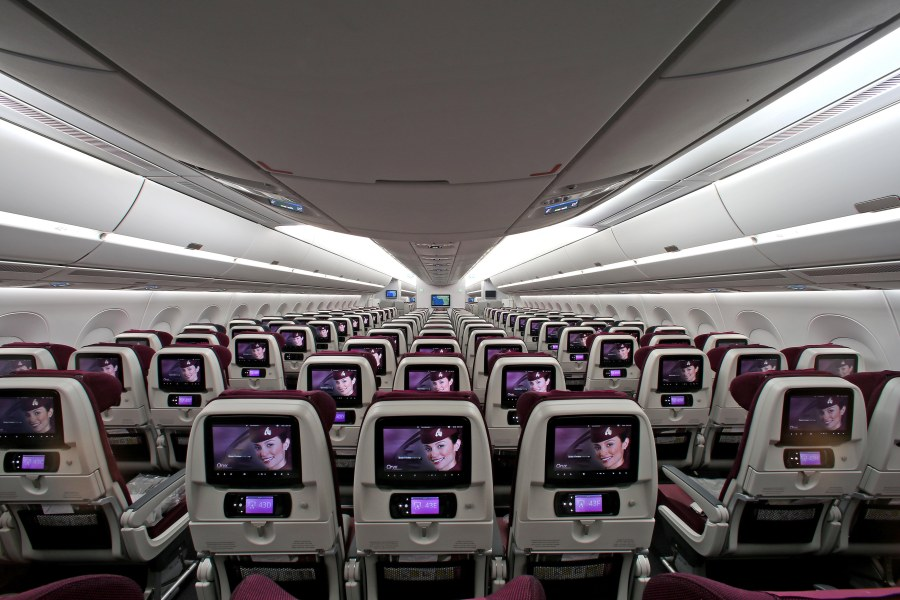 Pic 32 Qatar Airways' Airbus A350-900  Economy Class