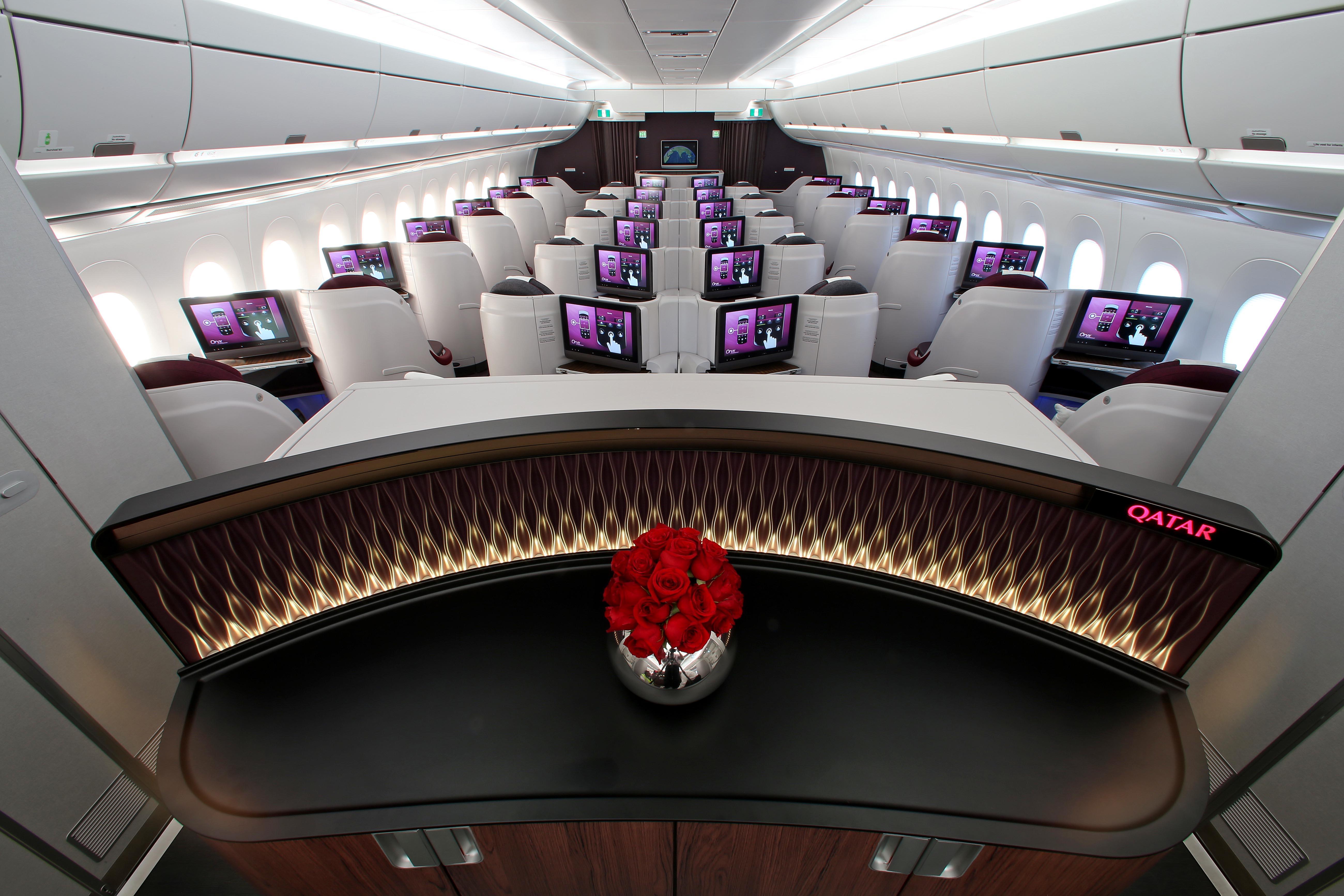 Pic 39 Qatar Airways Airbus A350 900 Business Class