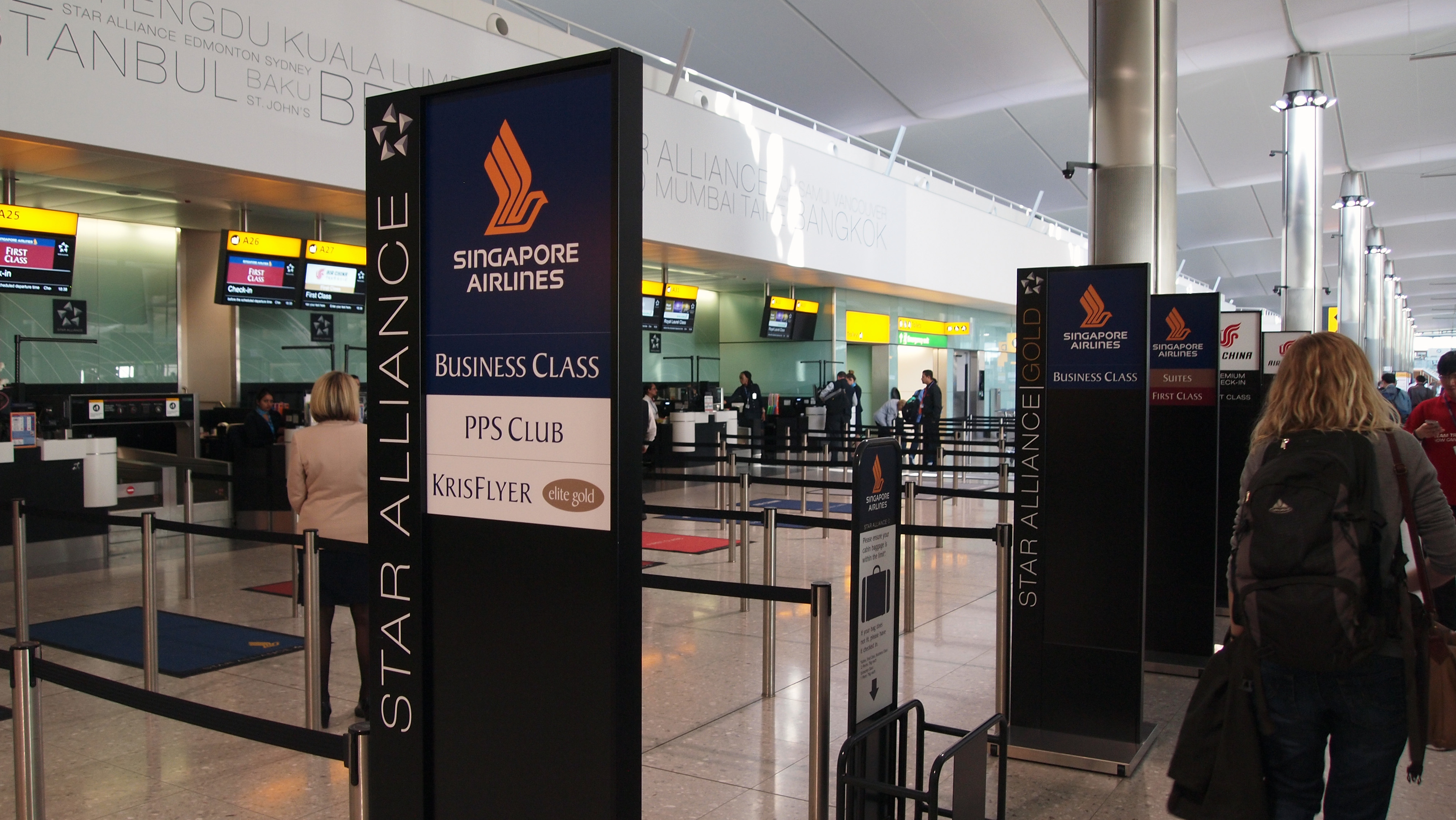 singapore airlines report Brand sq has 4q operating loss budget unit reports profit singapore airlines ltd shares plunged the most in almost six years after reporting a surprise loss because of intense competition.
