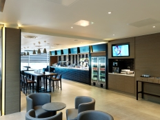 PPL LHR T4 Departures - Dining Area