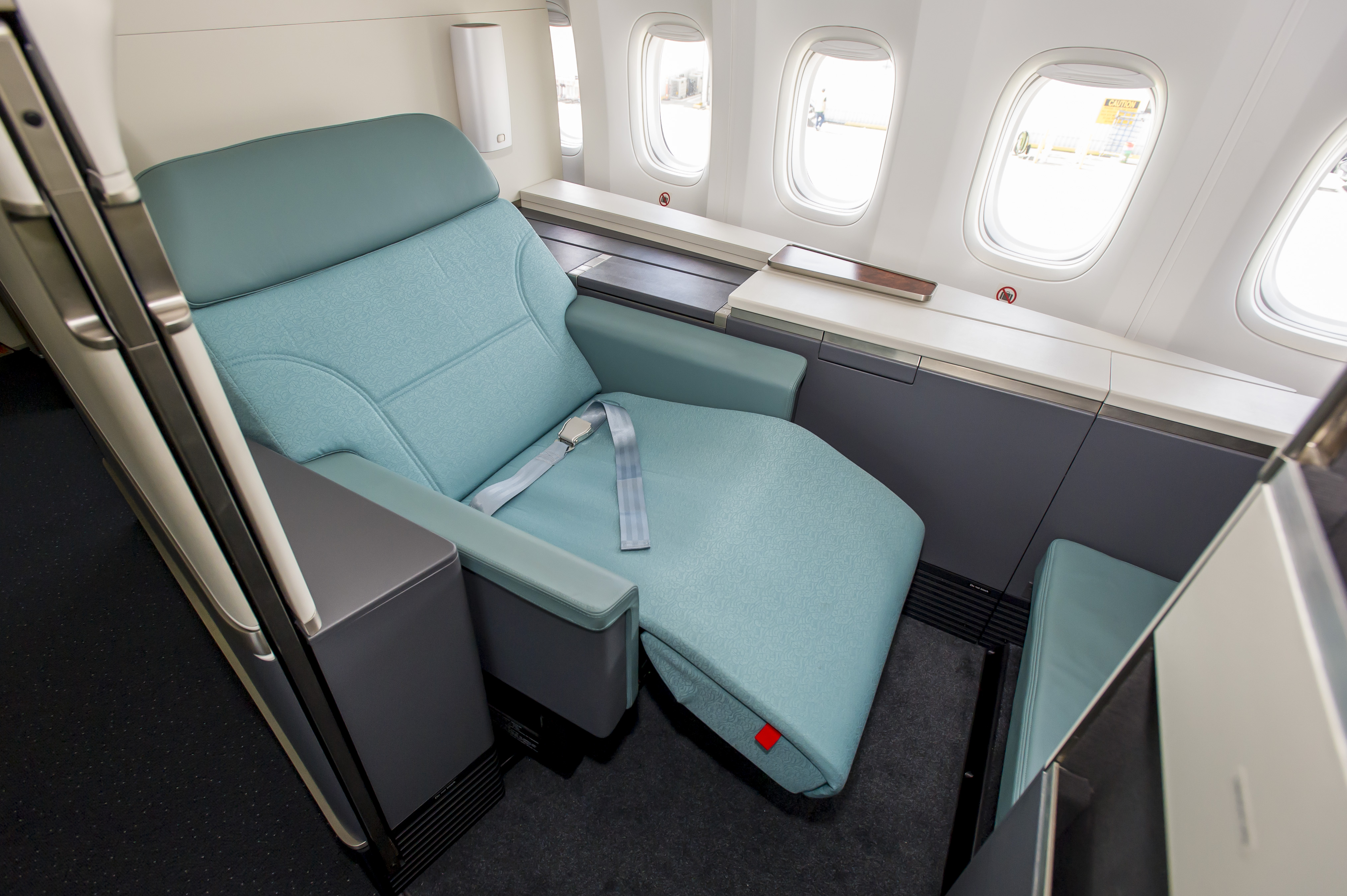 Korean Air's New 747-8i Offers New Flagship Seating | TheDesignAir on korean airbus a380-800 interior, airbus a380 interior map, united 767-300 seat map, airbus a380-800 seat map, allegiant air 757 seat map, korean air seat map, airbus a330 seat map, ana 767-300 seat map, emirates flight seat map, united boeing 757 300 seat map, aer lingus a330 seat map, korean b747-8 seat map,