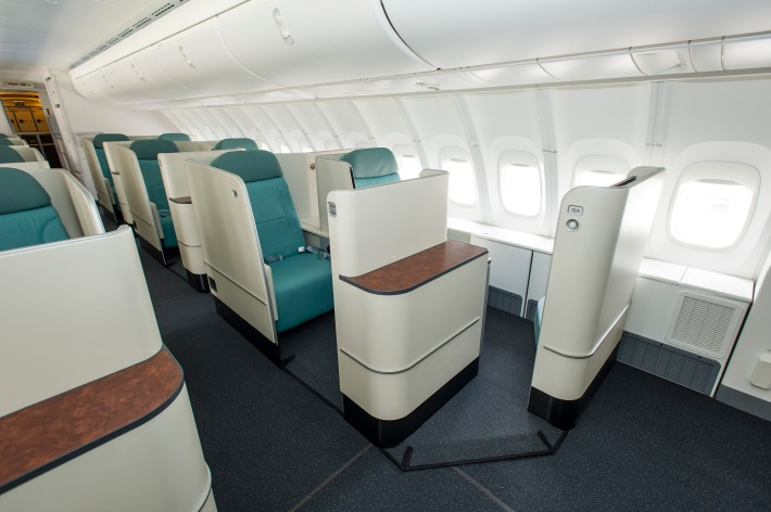korean air s new 747 8i offers new flagship seating. Black Bedroom Furniture Sets. Home Design Ideas