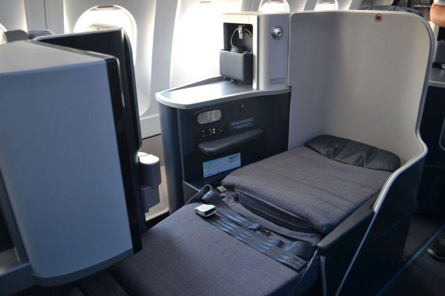 BUSINESS-XTRA-A330-AZUL-023