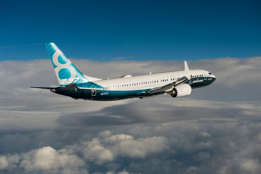 737MAX First Flight