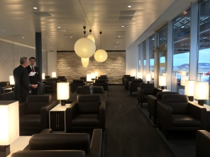 SWISS_neu_BUSINESS_Lounge_Dock_E_svenblogt_de_ - 12