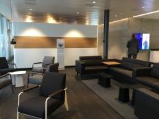SWISS_neu_BUSINESS_Lounge_Dock_E_svenblogt_de_ - 5
