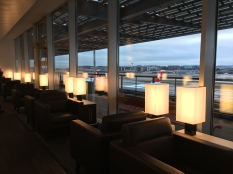 SWISS_neu_BUSINESS_Lounge_Dock_E_svenblogt_de_ - 9
