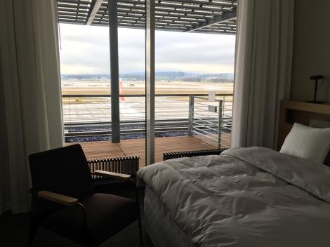 SWISS_neu_FIRST_Lounge_Dock_E_svenblogt_de_ - 19