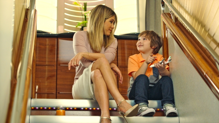 jennifer-aniston-emirates-campaign-1