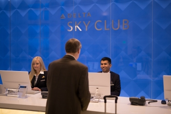 the-new-delta-sky-club-in-seattle_30367397951_o