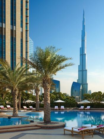 Shangri-La Hotel, Dubai pool