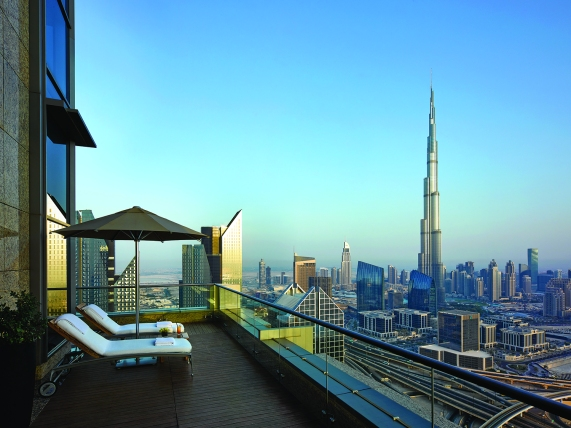 View from the 42nd Shangri-La Hotel, Dubai day