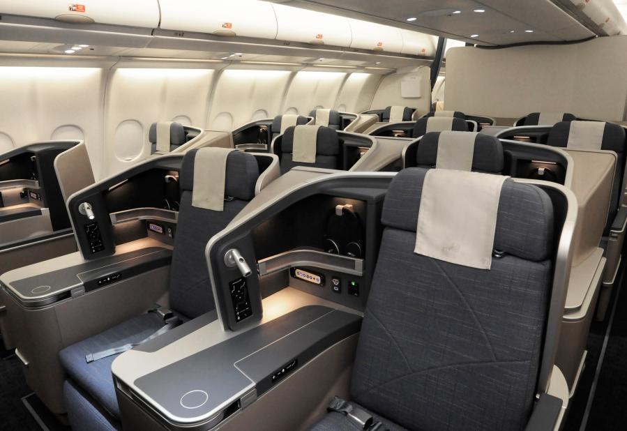 PAL-A330-J-cabin2