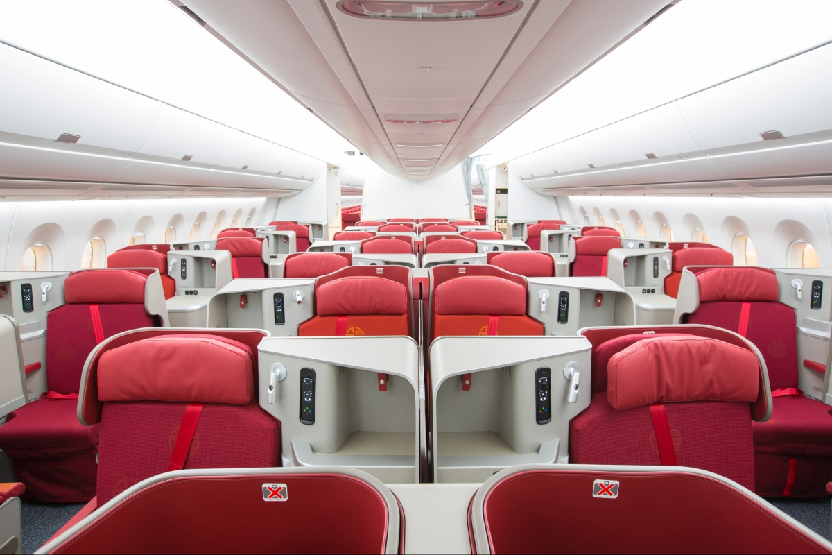 Hong Kong Airlines Receives First A350 | TheDesignAir