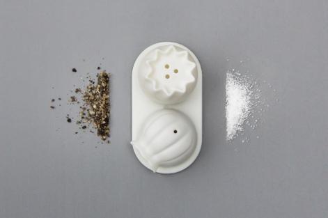 Salt and Pepper shaker 2