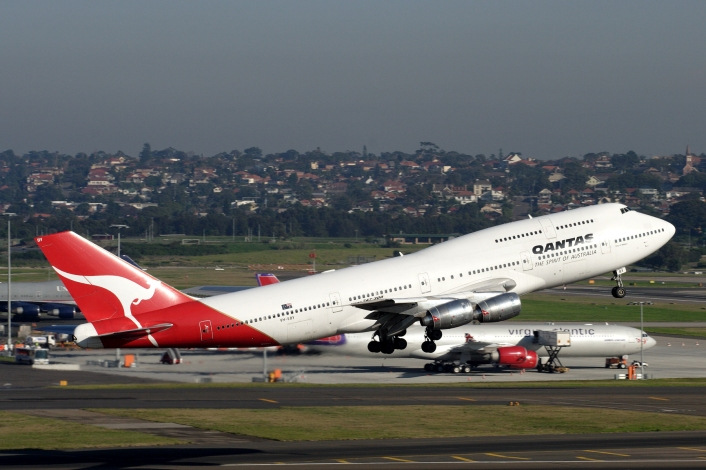 747 300 TAKE OFF