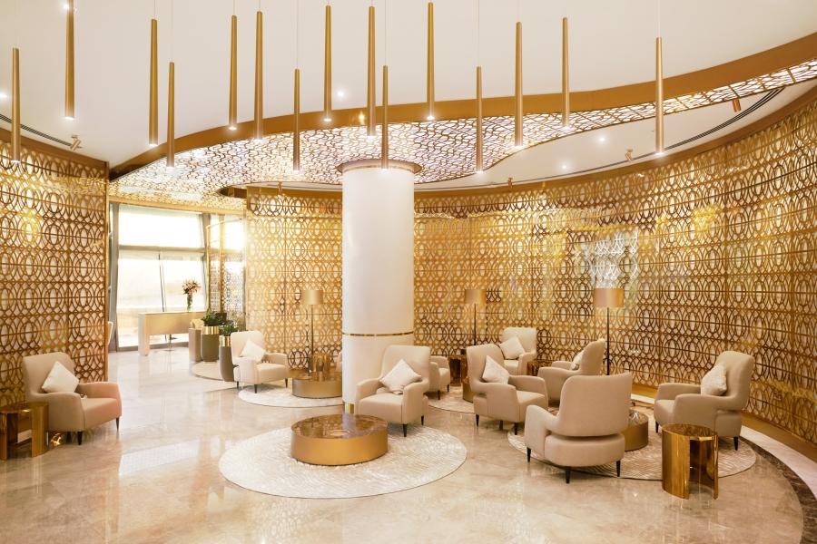 7690_Oman_Air_1571_Lounge_R2