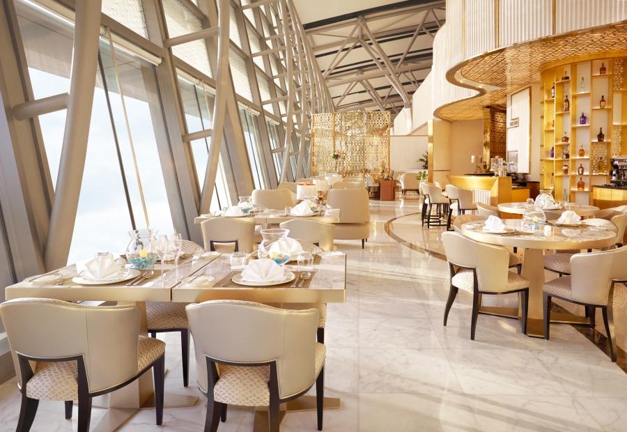 7690_Oman_Air_1582_Dining_w_Bar_R1