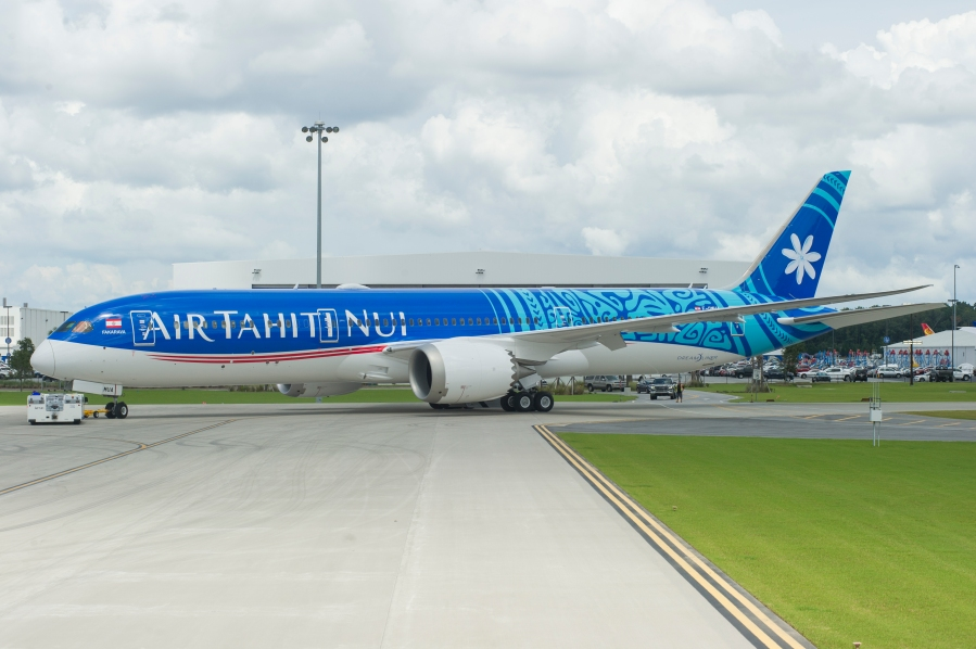 Air_Tahiti_PaintRollout_020