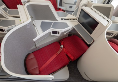 HX A350 New Business Class - Flatbed