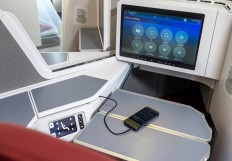 HX A350 New Business Class - IFE