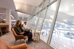 Melbourne Qantas Club - seating
