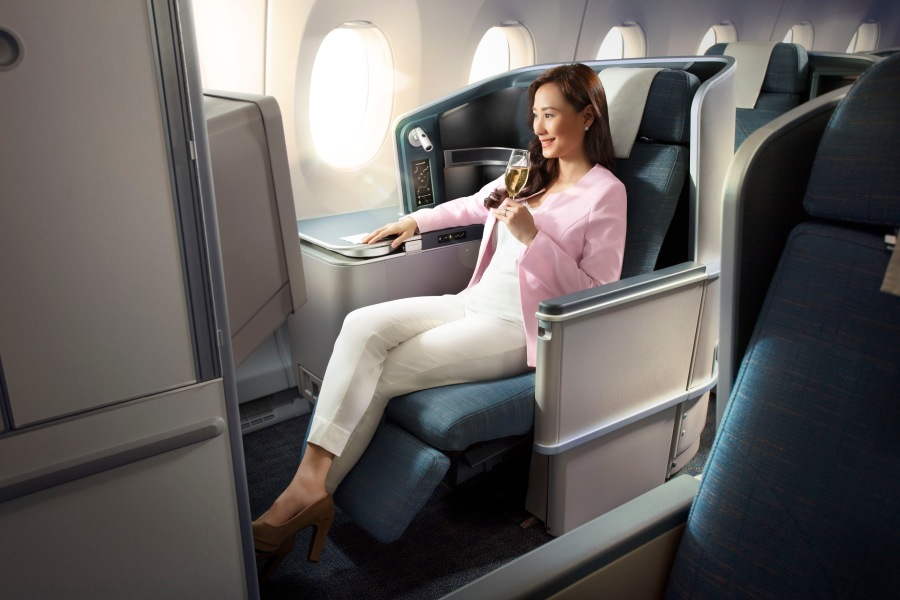 A3503046 Champagneo E.jpg