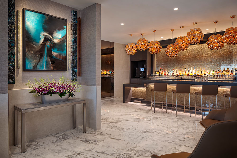 American Opens Flagship Lounge In Dallas Fort Worth