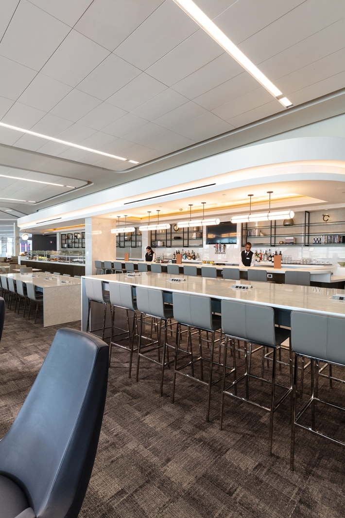 United_LGA_Dining