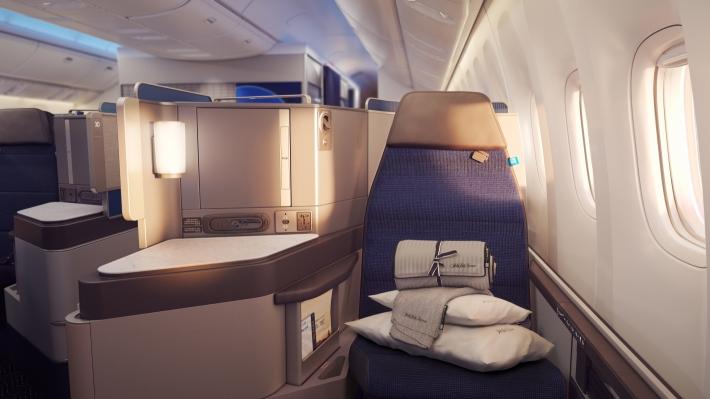 ual_b777_press_s07_seat_180516.jpg