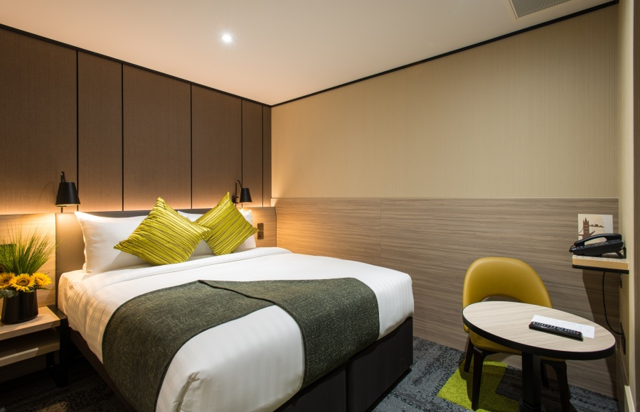 Aerotel London Heathrow - guestroom (3)