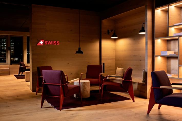 swiss_alpine_lounge_4.jpg