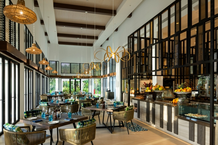 1. MÇlange All-Day-Dining-Pullman Maldives